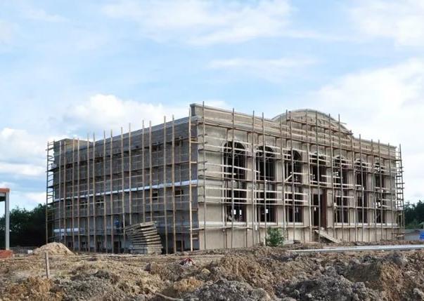 Строительство отелей и ресторанов