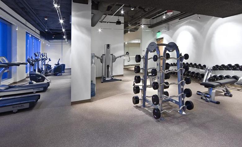 Фитнес центры